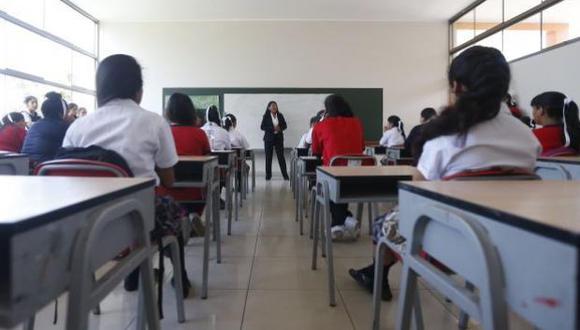Flor Pablo, exministra de Educación, mostró su rechazo a la ley aprobada por el Parlamento. (GEC)