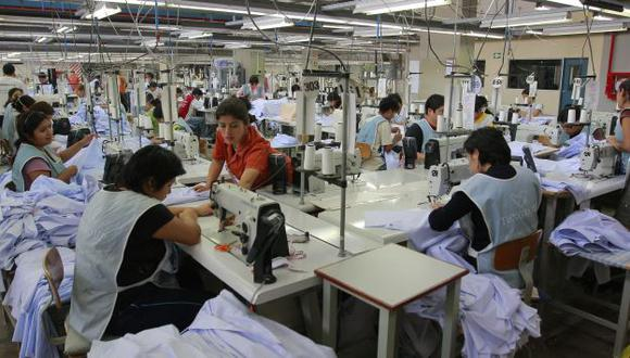 PANORAMA POSITIVO. Un 69% de los empleadores asegura que no hará cambios en sus planillas. (USI)