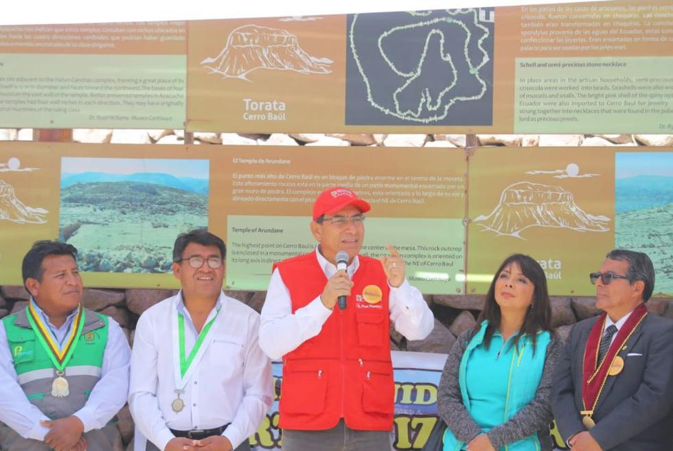 Martín Vizcarra asegura que alza en los precios de los combustibles no se debe al ISC. (Twitter: @prensapalacio)