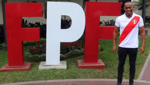 Percy Olivares fue anunciado como nuevo colaborador de la FPF. (Foto: @TuFPF)