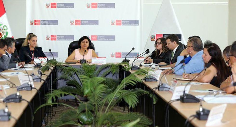 Las Mesas de Trabajo serán un espacio de diálogo para promover mejores condiciones de trabajo, afirmó la ministra de Trabajo. (Foto: MTPE)