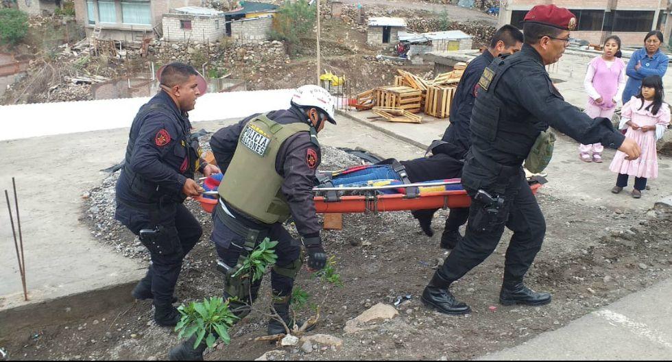 Policías de la Unidad de Rescate 105 auxiliaron a los heridos (GEC)