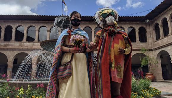 Boda se realizó en la Municipalidad del Cusco bajo protocolos de bioseguridad y sin mayores invitados. (Foto: Andina / Percy Hurtado)
