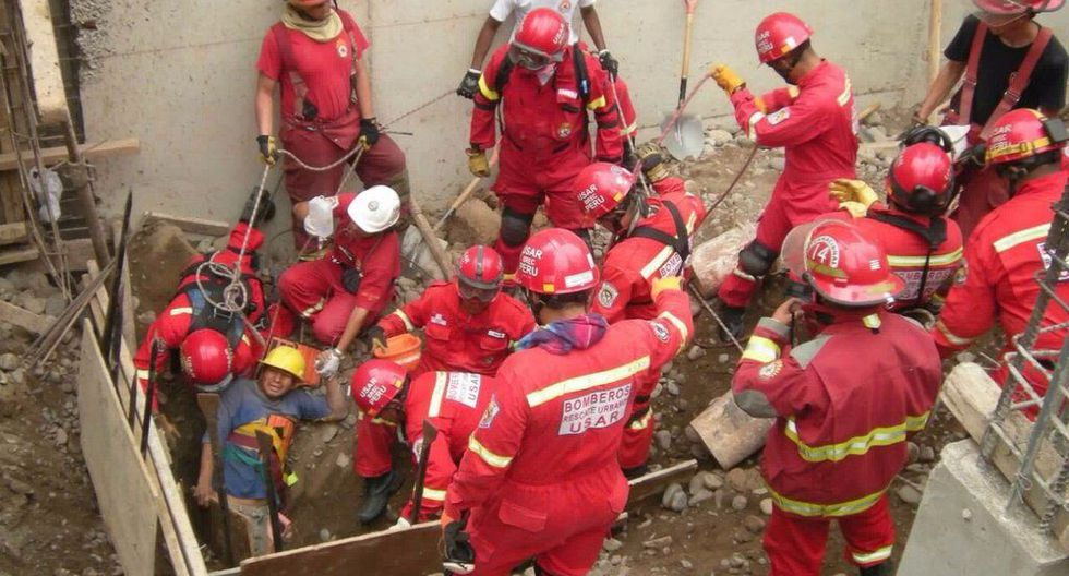 Rescate en Chorrilos (@bomberosPE)