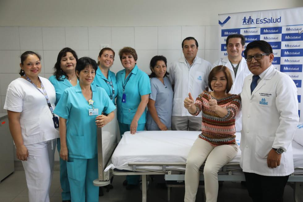 Profesionales de EsSalud salvan vida de mujer tras exitoso trasplante bipulmonar en hospital Guillermo Almenara (Fotos: Difusión)