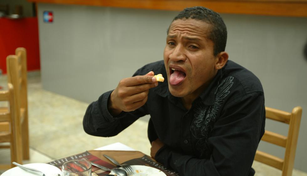 Carlos 'Kukín' Flores y la vez que le tiró el teléfono al mismo Diego Maradona. (GEC)
