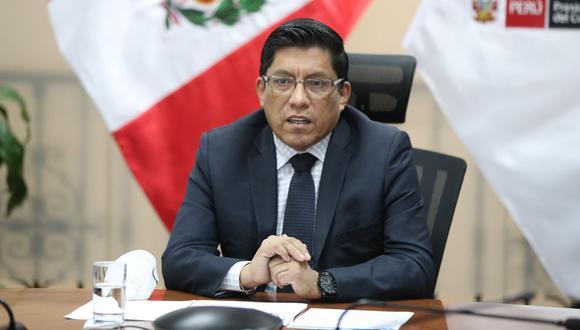 Vicente Zeballos reiteró su pedido de responsabilidad al Congreso sobre las interpelaciones. (Foto: PCM)