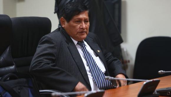 Juan Pari criticó a Alan García por acudir al Poder Judicial para dejar sin efecto acusación en el Congreso. (Perú21)