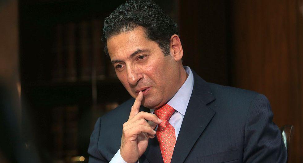 El 15 de octubre, Salvador Heresi interpuso una demanda de amparo contra Martín Vizcarra y Vicente Zeballos. (Foto: GEC)