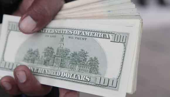 Dólar gana 9.95% en el año. (Perú21)