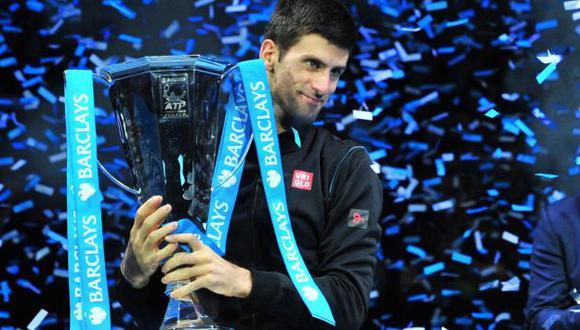 Djokovic volvió a ponerse al frente y deslumbró por su estilo. (AFP)