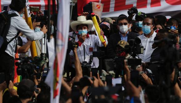 Pedro Castillo, candidato de Perú libre, no dio detalles de su programa de 100 días que había anticipado con bombos y platillos (Fernando Sangama/GEC).