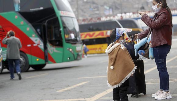 Los viajes interprovinciales están restringidos en las regiones de riesgo extremo. (Foto: César Campos / GEC)
