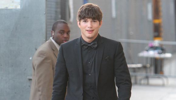 Ashton Kutcher suma millones. (Difusión)