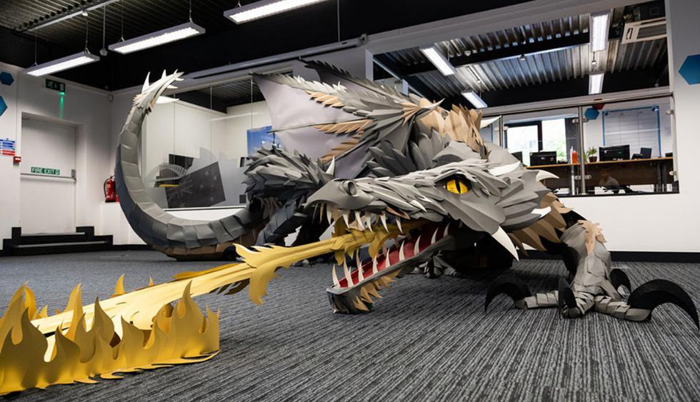 Un dragón de Game of Thrones decoró las oficinas de una compañía en el Reino Unido. (Fotos: blog.viking-direct.co.uk)