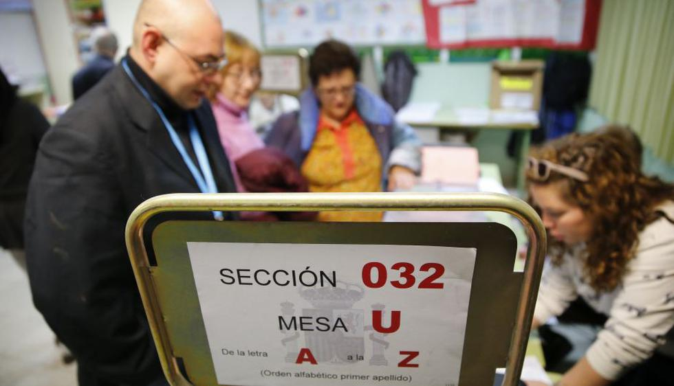 Elecciones en España: Participación en comicios es del 36,94% a media jornada. (EFE)