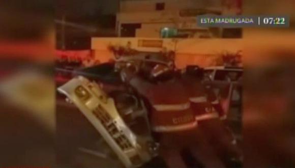 Dos menores de edad y un adulto resultaron con heridas leves en accidente vehicular. (América TV)