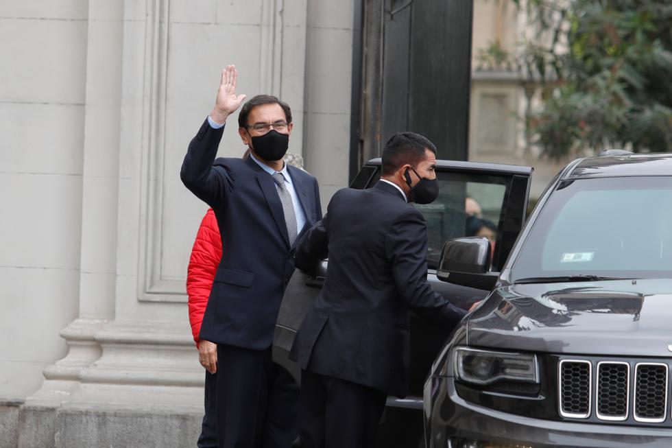 Presidente Martín Vizcarra se dirige al Congreso para realizar su defensa ante el Pleno. (Foto: Presidencia)