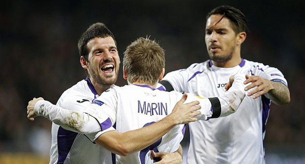 Fiorentina venció 2-1 al Guingamp con Juan Vargas en cancha. (Reuters)