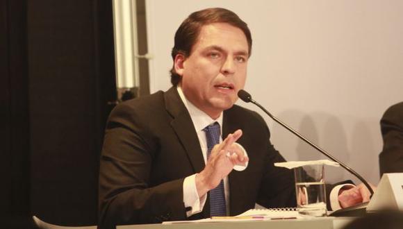 Congresista Del Aguila