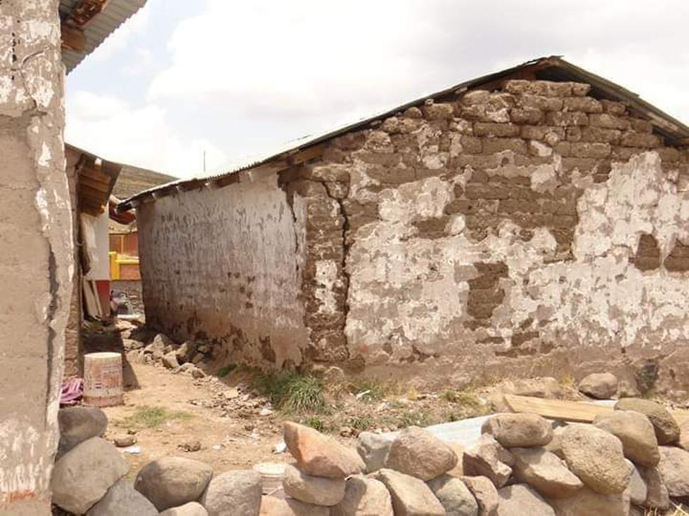 Fuerte movimiento telúrico en Ocuviri, en Lampa, causó rajaduras en varias viviendas.