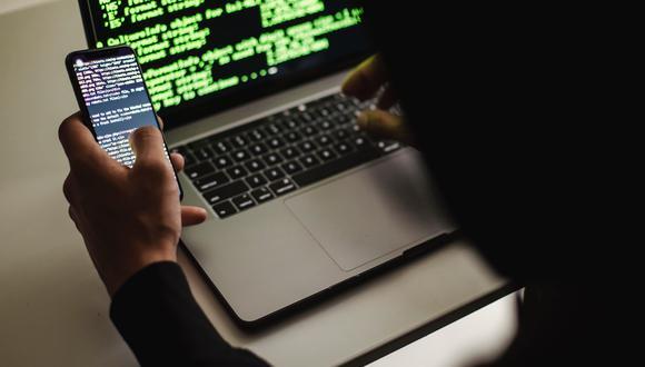 El sueldo mensual de un administrador de sistemas informáticos puede iniciar en S/ 1,921.91 y llegar a los S/ 8,522.20.