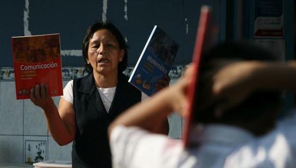 Más de 160 mil profesores del sector público recibirán un aumento de 536 soles. (Perú21)