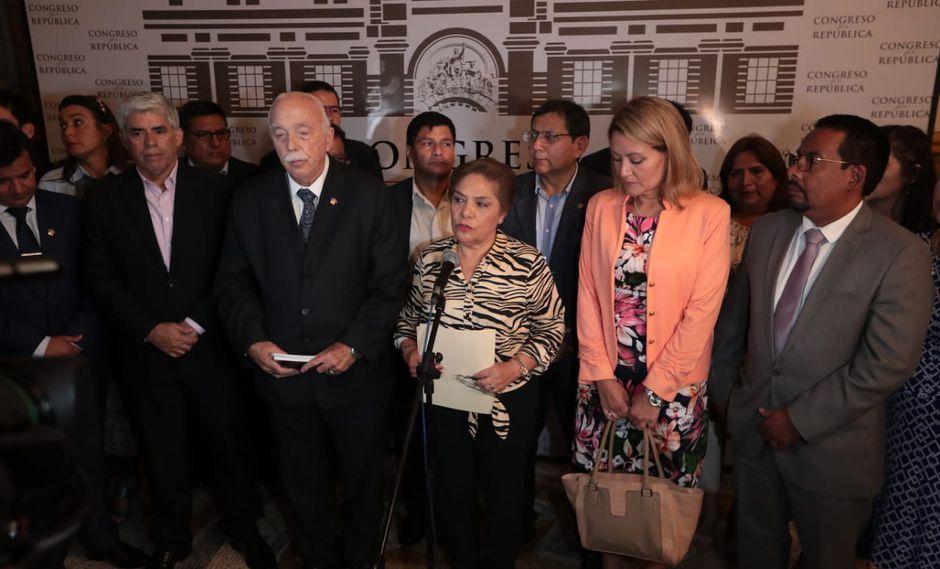 Minutos antes tomó la palabra la secretaria general de Fuerza Popular, Luz Salgado, quien indicó que su partido ha decidido aceptar la renuncia irrevocable de Salaverry(Foto: Hugo Pérez / GEC / Video: Congreso)