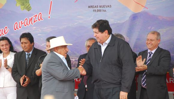 DE LA ESTRELLA. El entonces gobernador de Piura también era aprista.