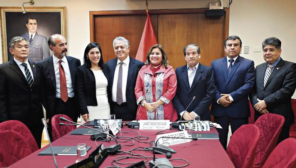 """En curso. Congresista Sánchez señaló que el caso Foronda se tratará """"por respeto a la ciudadanía"""". (USI)"""