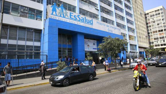 Essalud advierte que norma generará un perjuicio de S/1,100 millones. Para García Toma, la medida es inconstitucional y, además, no respeta los criterios de meritocracia. (Foto: GEC)