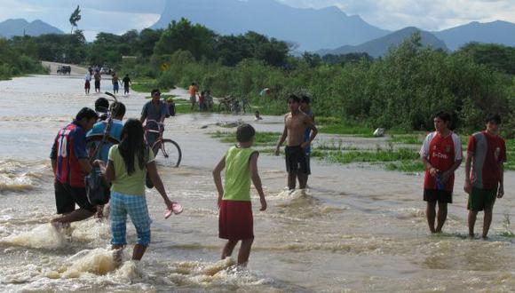 Las inundaciones a raíz de las intensas lluvias son una de las características del fenómeno. (USI)