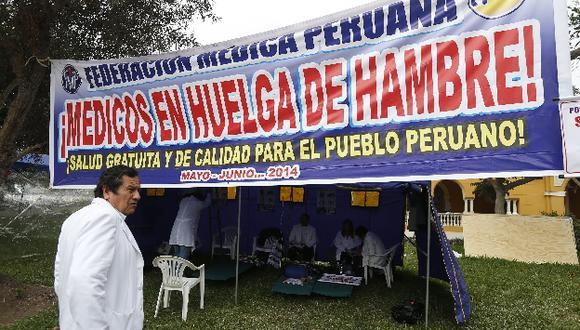 Médicos del Minsa radicalizan protestas con huelga de hambre. (César Fajardo)