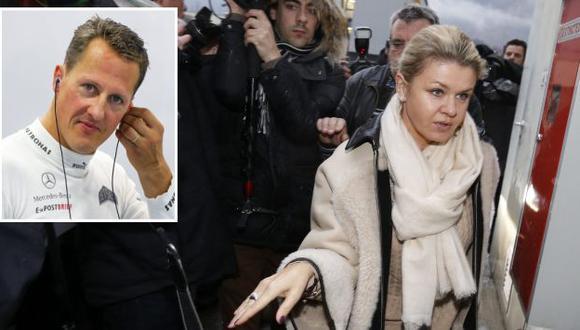 Corinna Schumacher se dirigió a la prensa tras último comunicado del 30 de diciembre. (EFE)