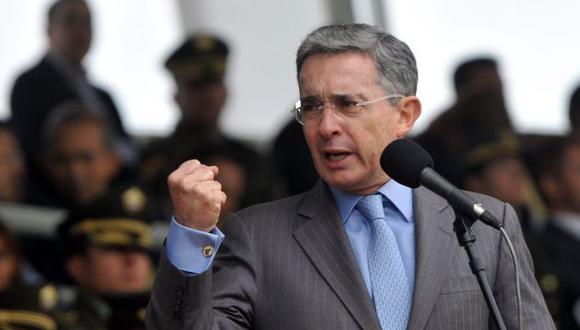 El ex presidente de Colombia, Alvaro Uribe, acusa a las FARC del asesinato de su padre (Reuters)
