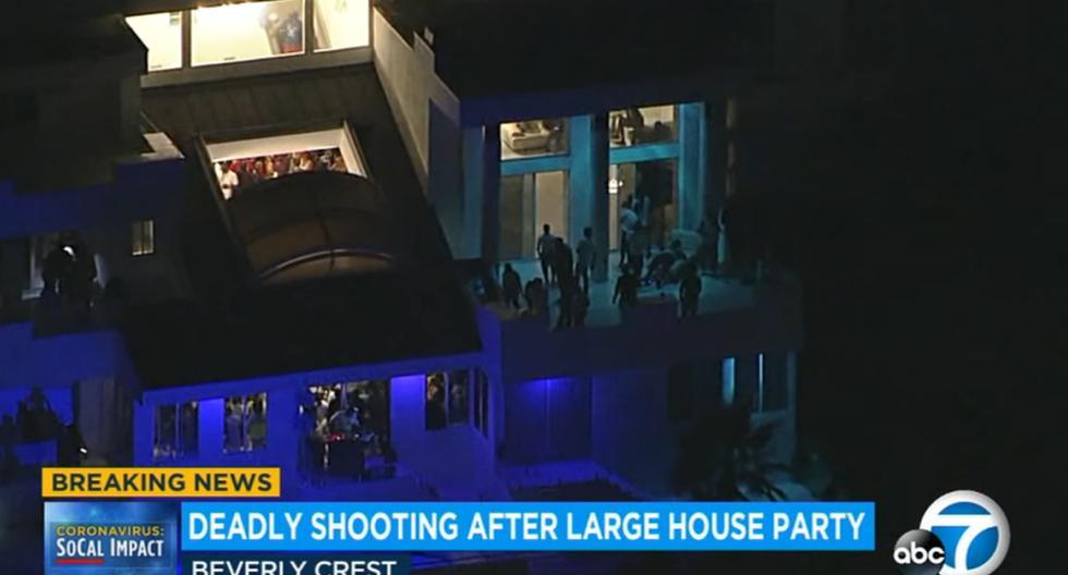 El tiroteo ocurrió cerca de la 01.00 hora local. Al menos cinco vecinos de Beverly Hills llamaron a las autoridades para denunciar la fiesta. (Captura de video / YouTube).