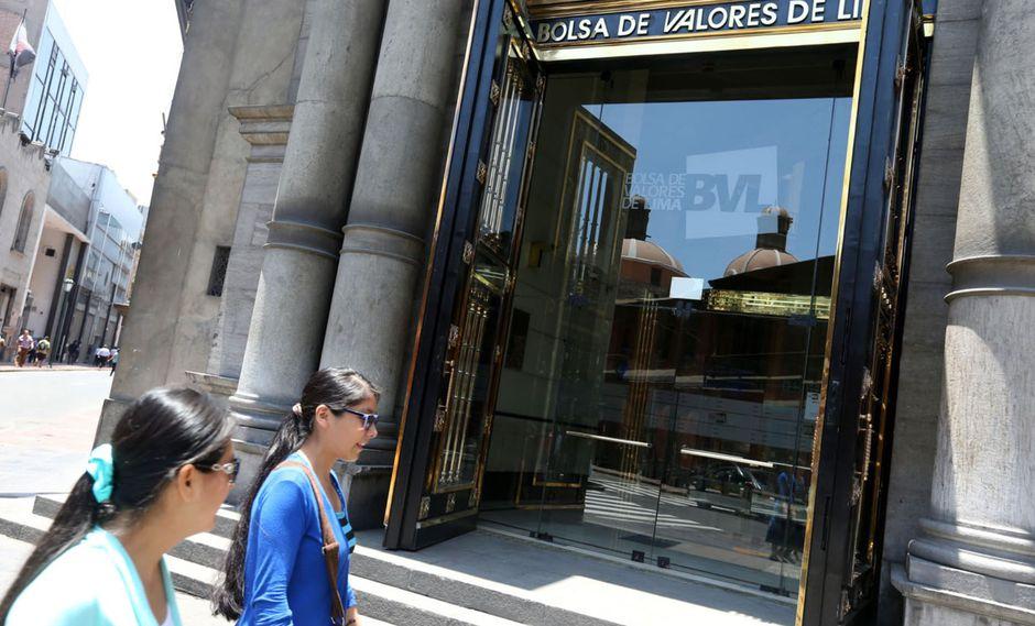 En el mercado cambiario, el dólar registró su quinta sesión consecutiva al alza, cerrando en S/ 3.389 a precio interbancario. (Foto: ANDINA)