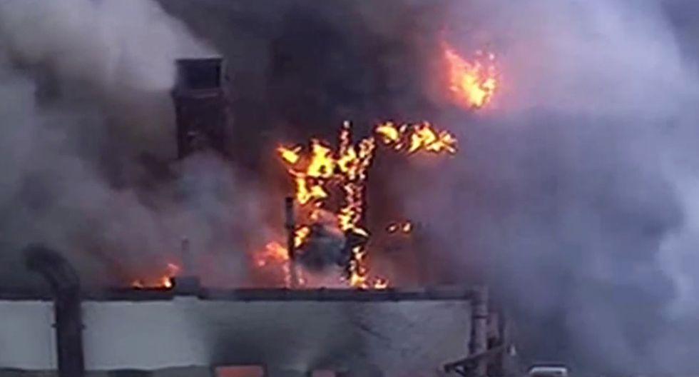 Incendio en Manhattan (AP)