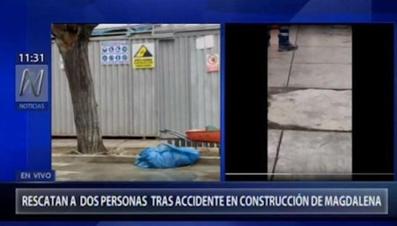 Según Canal N, un muro de cemento, recién construido, cayó encima de los dos trabajadores. (Foto: Captura Canal N)