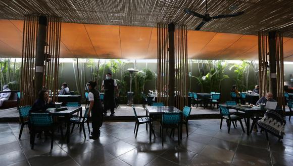 Presidenta de AHORA indicó que no todos los restaurantes están en condiciones de operar con poco margen de ganancia o a pérdida. (Foto: Fernando Sangama | GEC)