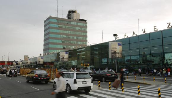 LAP recomendó que solo asistan los pasajeros al aeropuerto. (Foto: GEC)