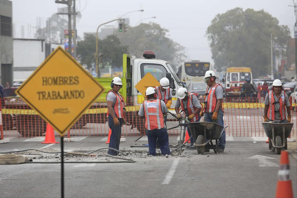 Identifican anomalías en tramos de tuberías reubicadas por interferencias con el Metro de Lima. (Referencial/GEC)