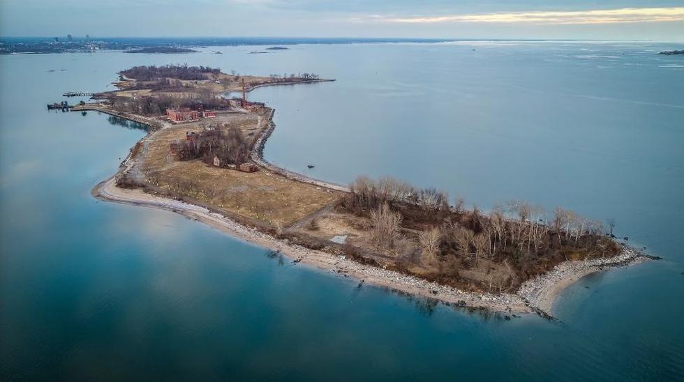Hart Island: La isla de la muerte de Nueva York convertida nuevamente en la fosa común por el COVID-19. (Google Maps)