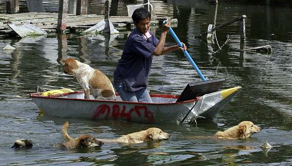 Las ciudades del norte y centro de Tailandia fueron las más golpeadas por inundaciones. (AP)