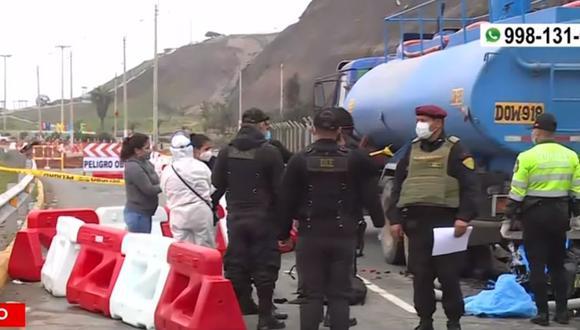 El accidente en la Costa Verde, ocurrió a la altura de la Bajada Bertolotto, en el distrito de San Miguel. (Captura: América Noticias)