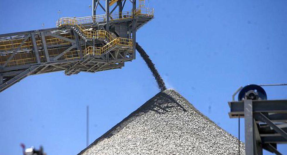 El bloqueo de la carretera impide que se pueda transportar minerales desde Las Bambas hasta el puerto de Matarani. (Foto: GEC)
