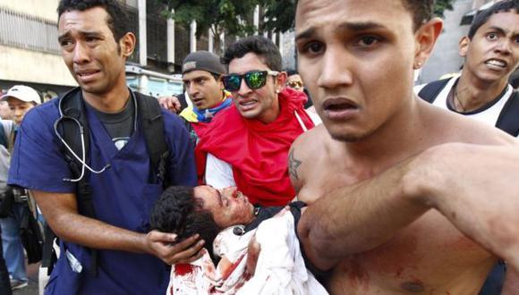 Venezuela: Chavismo acusa de tergiversar la realidad a medios extranjeros por transmitir protestas. (Reuters)