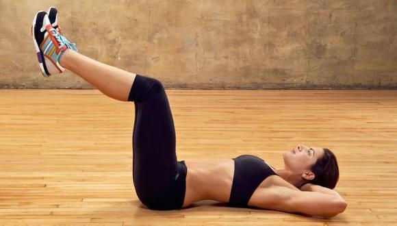 Una mujer puede alcanzar un 'coregasm' haciendo abdominales. (Internet)