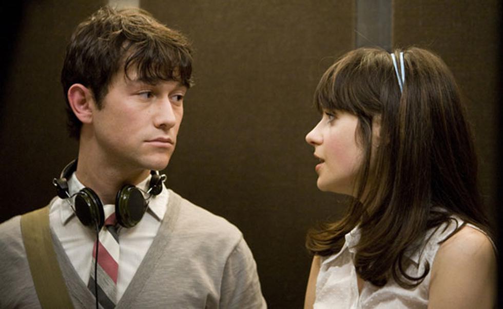 El actor protagonizó la película junto a la actriz Zooey Deschanel.