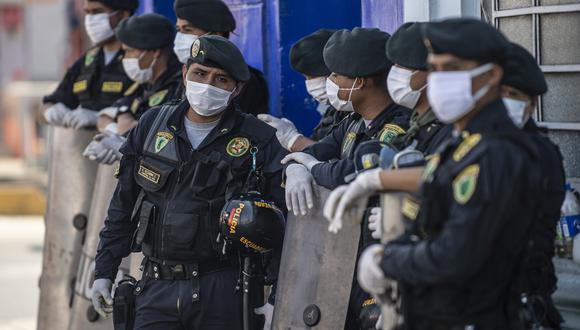 La actuación de policías es cuestionada en las últimas semanas . (Foto: ERNESTO BENAVIDES / AFP)